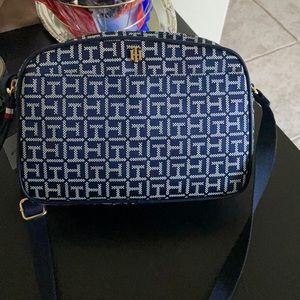 Tommy Hilfiger purse 🌷🌷🌷